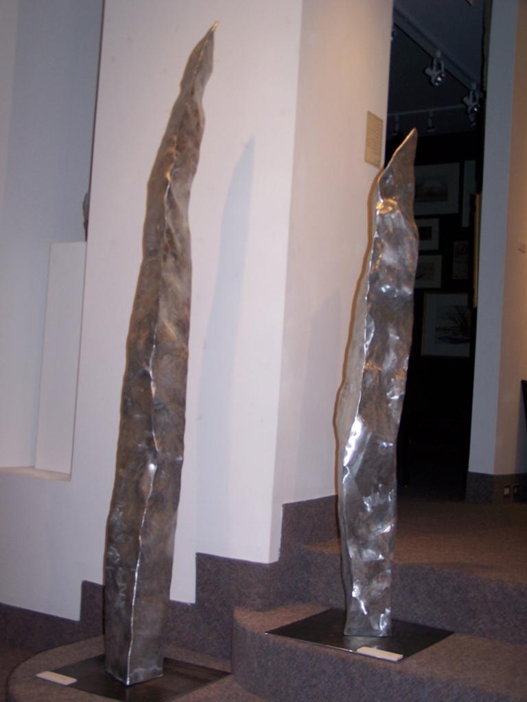 Aluminum Sculptor Stalagmite Column 3&1